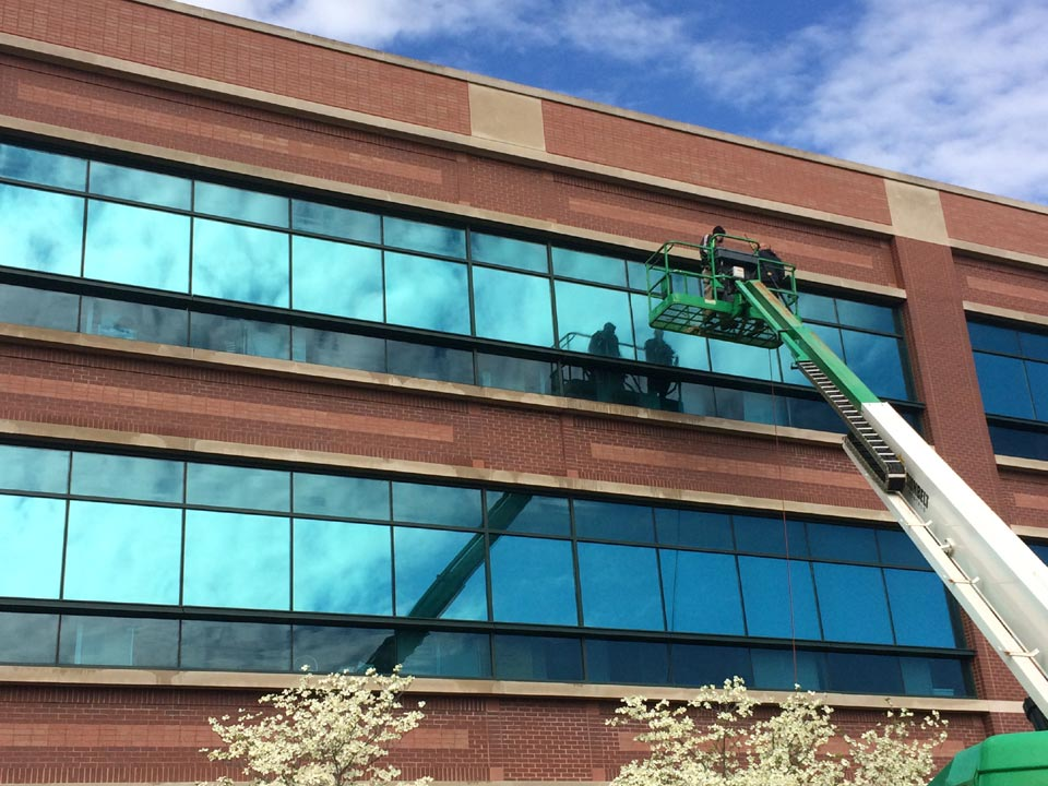 Cleaning Dryvit Exterior : Commercial building soft pressure washing in louisville