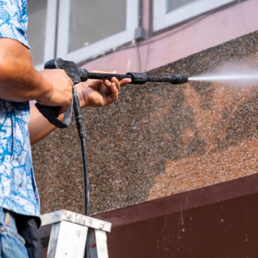 5 Important Reasons to Leave Pressure Washing to the Pros